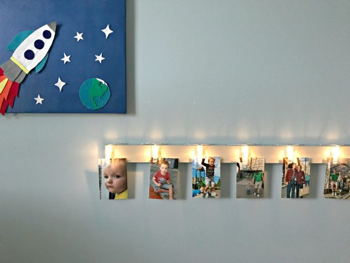 Quick and Easy DIY Light Clip Display Board. Fun way to display kid's art, photos, notes, and more. Display & Notes area to organize kids, teens, college dorms, and an office.
