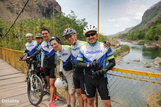 check point : Jembatan Gantung Selo Pamioro