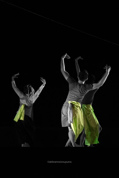 """""""Apung"""" - UMS DANCE Co. (Malaysia)"""