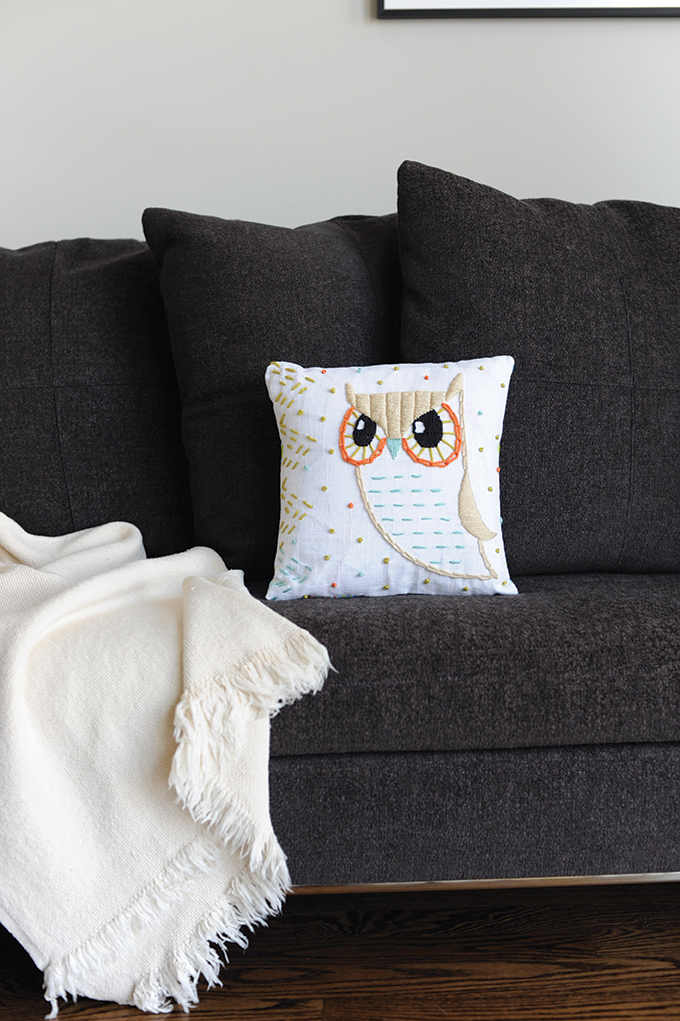 Owl_pillow_large_forweb