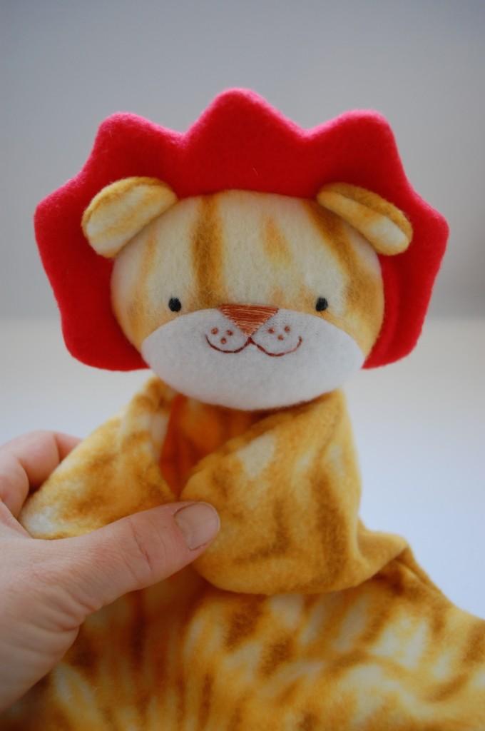 Lion Lovey 3