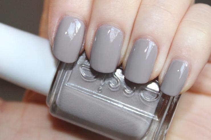 Essie-grey-nail-polish-swatches-Master-Plan