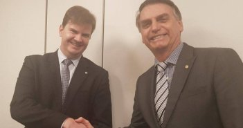Bolsonaro com o futuro ministro do Desenvolvimento Regional. Foto: Divulgação