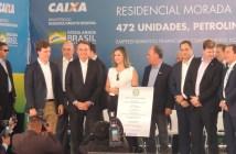 Presidente Bolsonaro inaugura residencial pelo Minha Casa Minha Vida em Petrolina durante visita ao Nordeste. — Foto: Juliane Peixinho