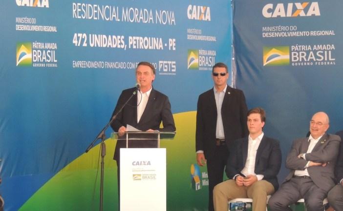 Em sua primeira visita ao Nordeste, Bolsonaro ressaltou no discurso que o Brasil é uma só região. — Foto: Juliane Peixinho