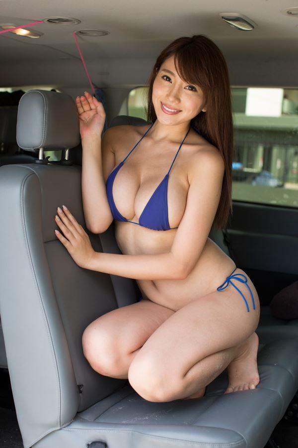 森崎智美 おっぱい画像014