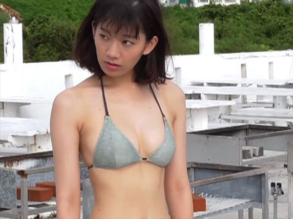 佐藤美希 水着エロ画像023