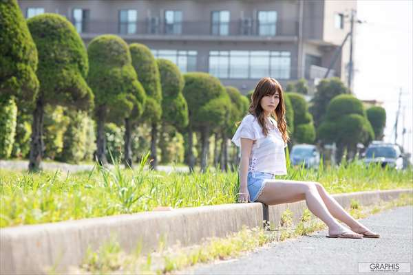 益坂美亜 画像058