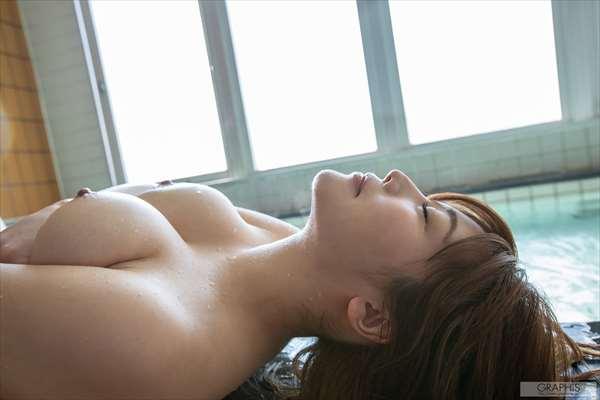 益坂美亜 画像086