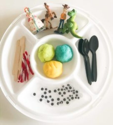 toy story play-doh tray play