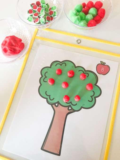 play-doh apple tree