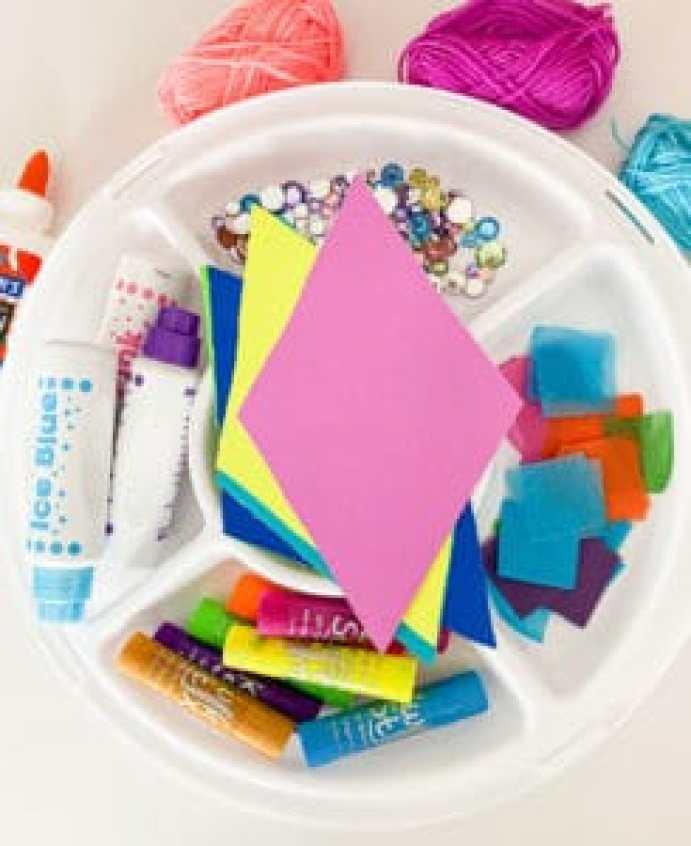 kite tray play