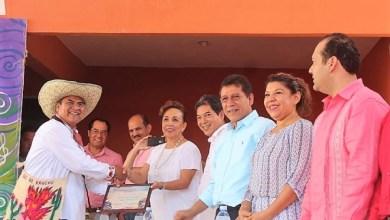 Photo of Reciben reconocimiento del Congreso artistas de la Costa Grande