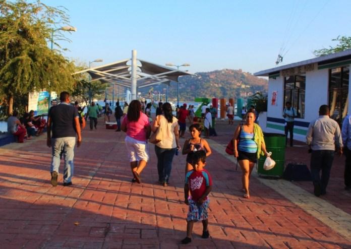 fines-de-semana-actividad-turisti-zihuatanejo.jpg