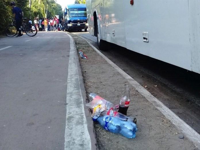 basura-autobuses-ixtapa-.jpg