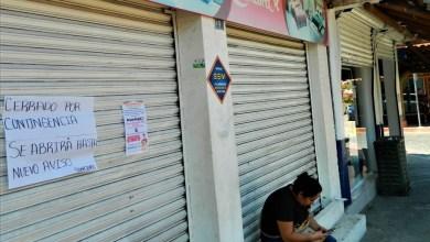 Photo of Comerciantes siguen sin atender la recomendación de quedarse en casa