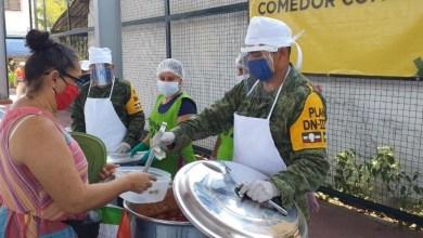 Photo of Instalan 2 Comedores Comunitarios con alimentos preparados por personal de la Sedena