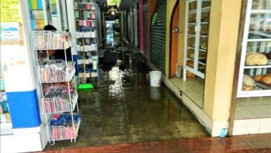 """Photo of Mercado """"Benito Juárez"""" se inunda con cualquier lluvia"""