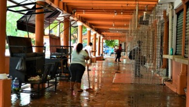 Photo of Este miércoles reabrirán decenas de comercios del centro de la ciudad