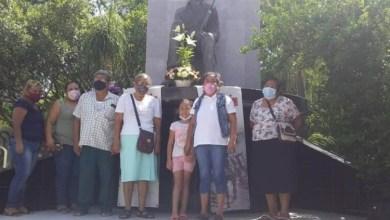 Photo of El Frente de Defensa Popular (FDP) conmemora los 30 años de su fundación y el 97 aniversario luctuoso del General Francisco Villa en el zócalo de #Atoyac