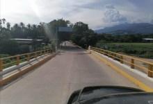 Photo of Vecinos de la colonia 18 de Mayo de Atoyac denuncian que camiones pesados siguen causando daños en el camino de acceso