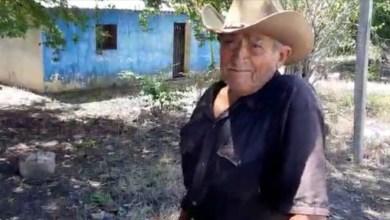 Photo of Toda una vida la de don Saúl dedicada a la venta de raspados de hielo en Santa Rosa, municipio de Tecpan