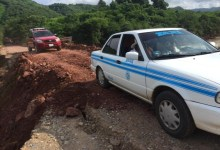Photo of Municipio en coordinación con el Estado abren paso en carretera La Unión-Coahuayutla