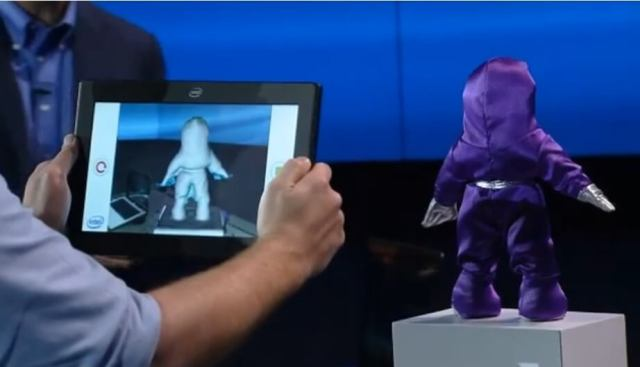 Intel RealSense 3D scanning object