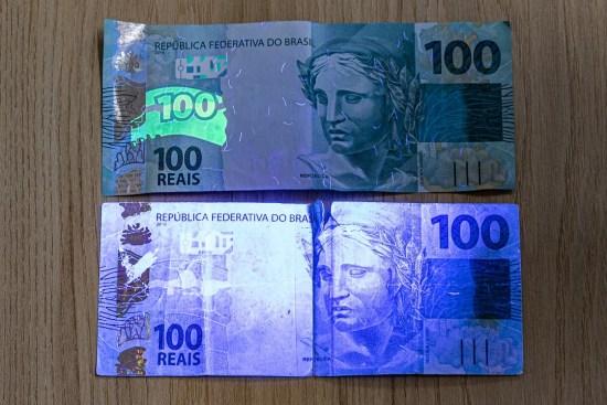 Sonhar com dinheiro falso o que significa?