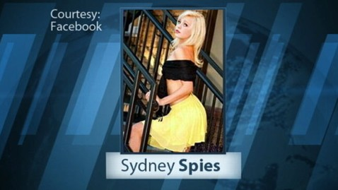 abc sydney spies jef 120106 wblog Sydney Spies, Racy Yearbook Photo Teen, Arrested With Mom