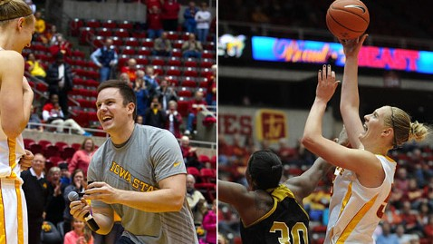 ht anna prins proposal jp 130102 wblog Iowa State Player Gets On Court Marriage Proposal