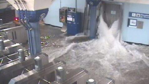 ht hoboken path station flooding ll 121029 wblog Hurricane Sandy: Live Updates