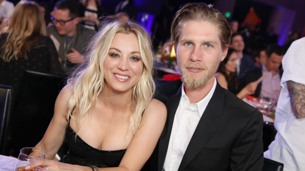 big bang theory co star kaley cuoco marries boyfriend of two years