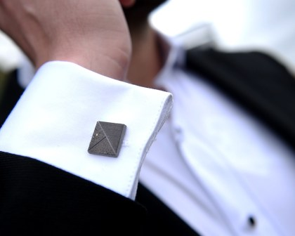 Concrete Cufflink dark-yellow