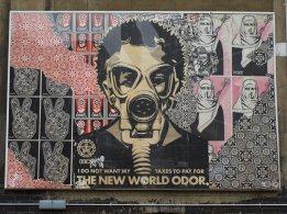 Shepard Fairey - New World Odor (@ Whitechapel)