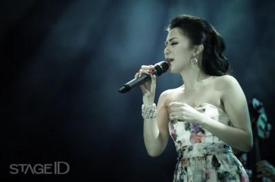 Sierra Soetedjo Perform