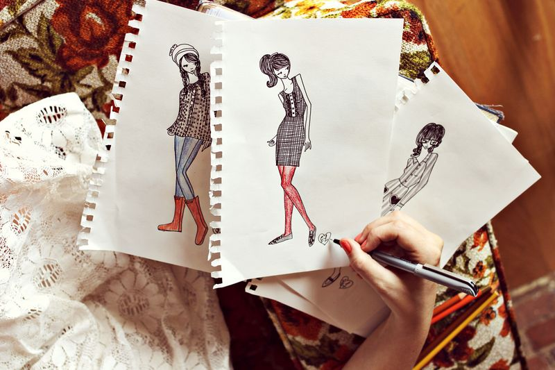 Fashion Sketching For Beginners   A Beautiful Mess Fashion Sketches by Elsie of A Beautiful Mess