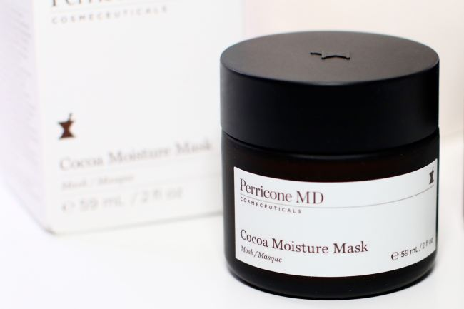 Moisturizing face mask skin care