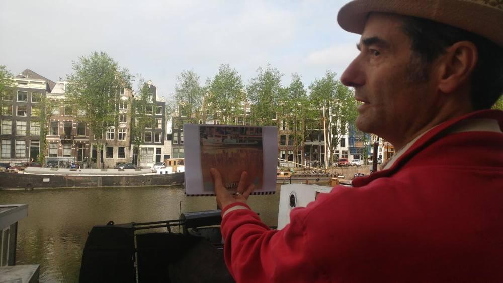 Abel's Muziekfietsstoer komt ook bij de Amstel