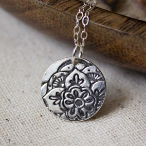 Mehndi Lotus Necklace Small