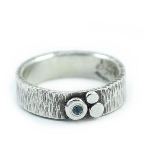 Organic Texture Ring with Gemstone
