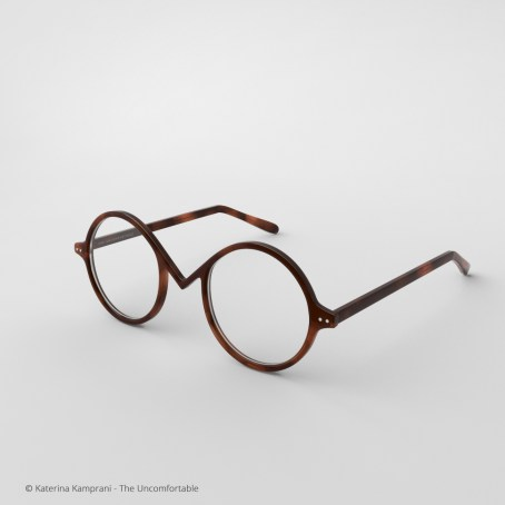 Uncomfortable-glasses-02