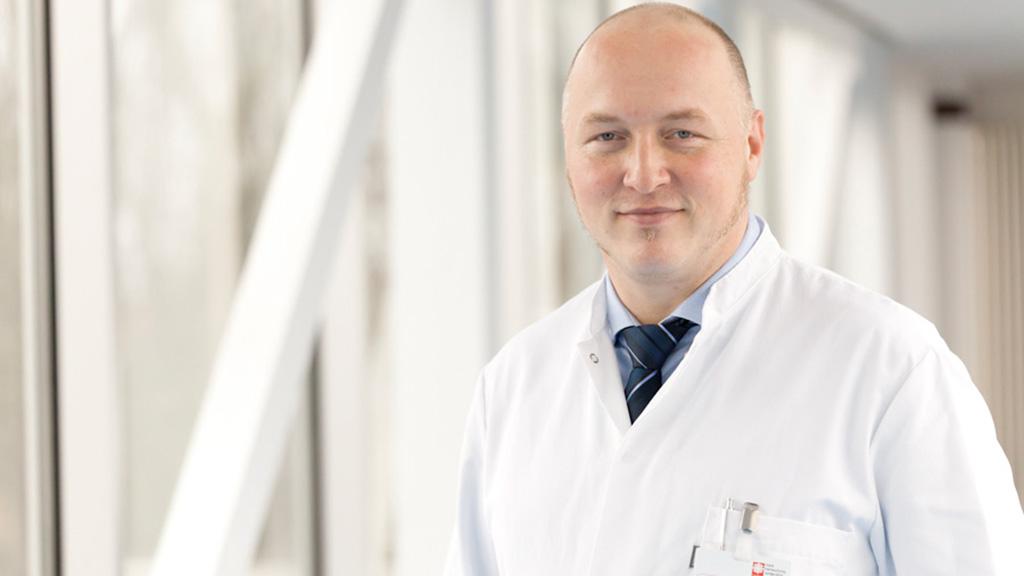 Dr. Jens Rohne in der Geburtshilfe