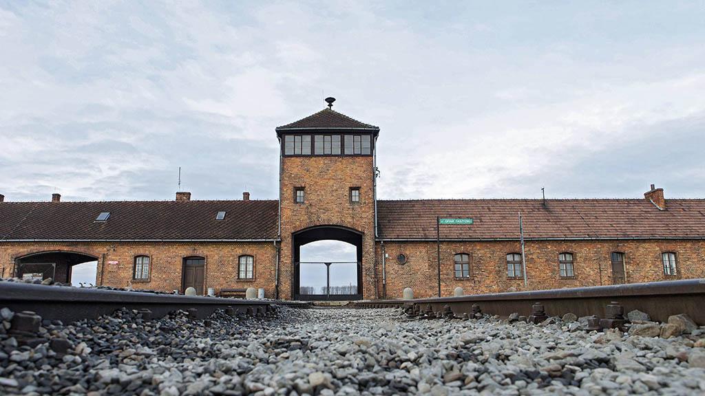 Berlin-Neukölln: Gedenkveranstaltung zur Befreiung von Auschwitz