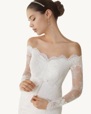 Brautkleid mit Ärmel, schulterfrei - Rosa Clara