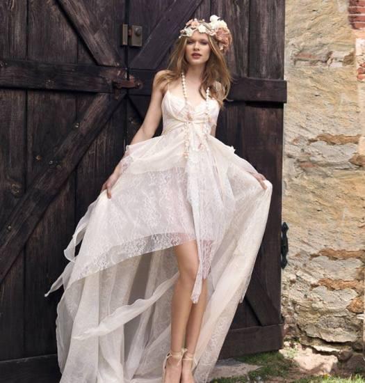 Brautkleid vorne kurz, hinten lang