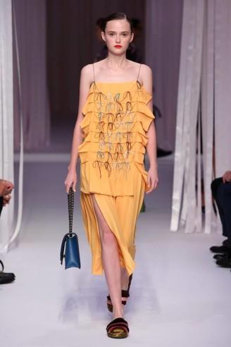 Rüschen-Kleid, gelb - copyright Marco de Vincenzo official