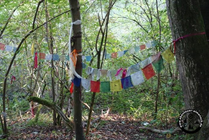 Der Sinn von tibetanichen Gebetsfahnen in Bayern wird mir immer verschlossen bleiben