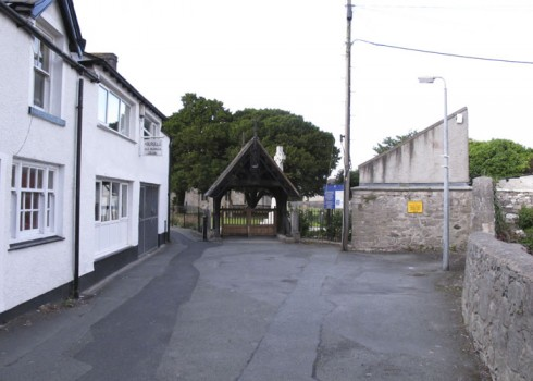 church-walks-lynch-gate-abergele-2012-3-by-sion-jones