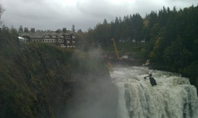 At the top of the falls is a lodge you can stay at.